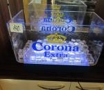 Corona Extra esittely allas