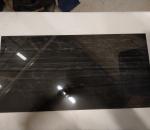 Marmorilaatta, musta värinen, 120 m2